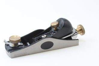 "IF YOU ARE A ""KNOCK AROUND"" WOODWORKER AND ONLY WANT TO HAVE ONE PLANE, IT PROBABLY SHOULD BE A BLOCK PLANE.  AND IF YOU ONLY WANT ONE BLOCK PLANE, IT PROBABLY SHOULD BE A LOW ANGLE BLOCK PLANE.  THEY CAN DO JUST ABOUT ANYTHING!"